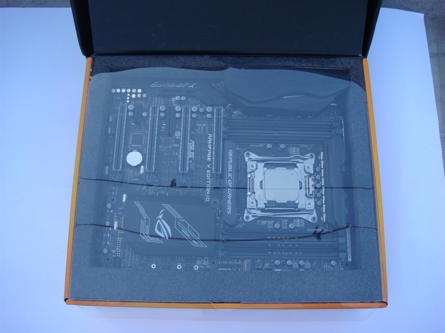 Asus Rampage V Edition 10 Motherboard Review Comes With Very Nice Set Of Accessories